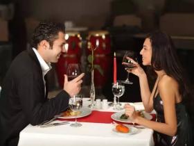 秘诀07:懂得初次约会的六个技巧,让你们的关系更亲密
