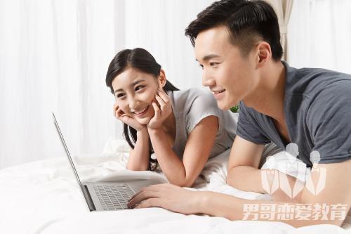 和女生约会后聊天不回微信怎么处理?