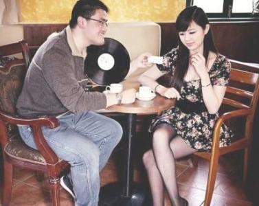 和女生约会时聊什么话题好?
