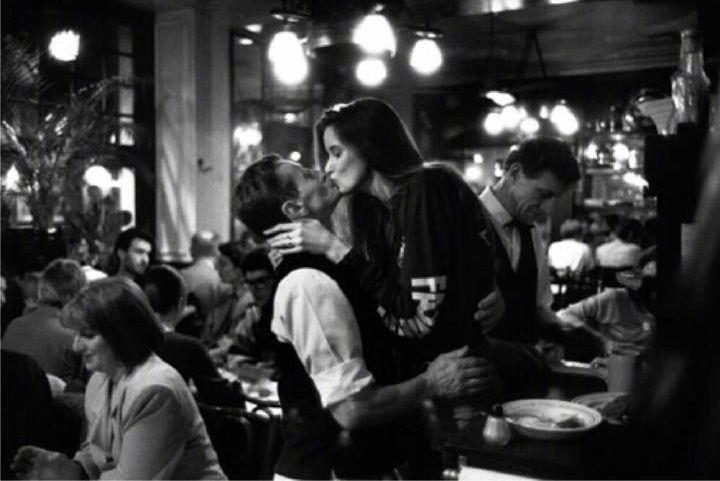 约会的四个聊天技巧?教你辨别对方适不适合你。