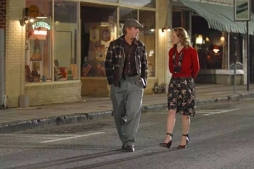 这些电影里不仅有恋爱宝典,更藏着约会穿搭秘诀!